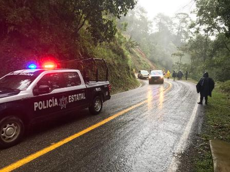 Mantienen operativos para garantizar el orden y la legalidad en las ocho regiones de Oaxaca