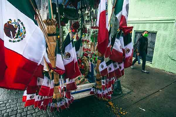 SE MANTIENE FIRME EL NACIONALISMO EN EL CORAZÓN DE LOS MEXICANOS