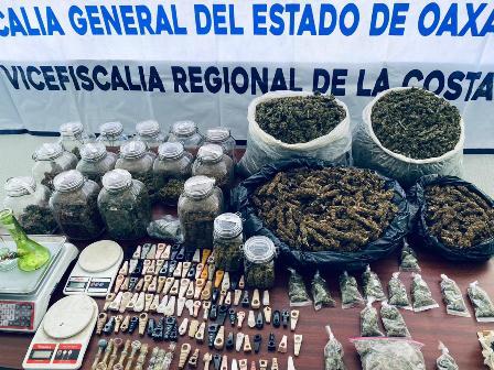 Aseguran drogas y dinero durante cateos en el Istmo y la Costa; Tres detenidos: Fiscalía