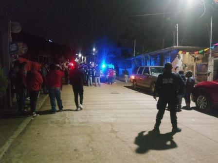 Autoridades municipales de Oaxaca de Juárez disuelven una comparsa en Viguera