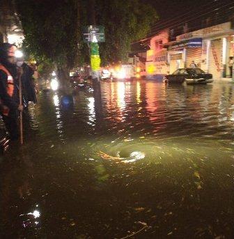 Atienden inundaciones