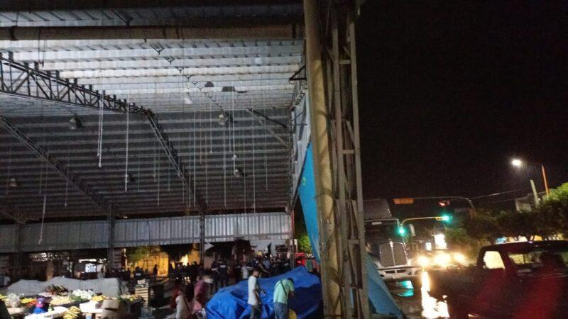 Represión violenta a comerciantes con grupo de choque y policías ordena Juanita Cruz Cruz, edil de Huajuapan Oaxaca