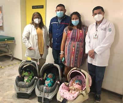 Logran médicos del IMSS-Coahuila nacimiento exitoso de trillizos; Madre cursó embarazo de alto riesgo