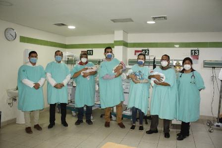 Con salud óptima cuatrillizos nacidos en el IMSS-Sonora