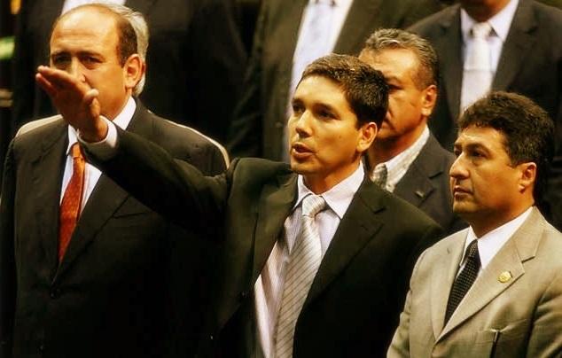 El hermano del gobernador de Michoacán es investigado por sus presuntos nexos con el crimen organizado.