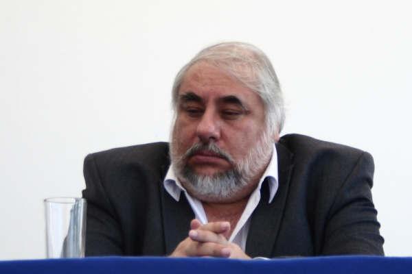 El rector de la UABJO, Rafael Torres Valdez.