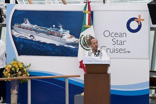 Turismo Ocean_Star_Cruises_Inaugural