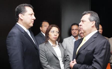 Comparece el gobernador del estado de Guerrero, Ángel Aguirre Rivero, ante la CNDH