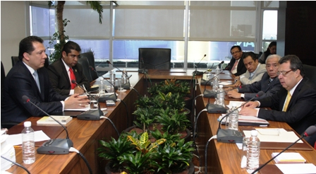 Ante el presidente de la Comisión Nacional de los Derechos Humanos, Doctor Raúl Plascencia Villanueva, compareció el gobernador del estado de Guerrero, Ángel Aguirre Rivero
