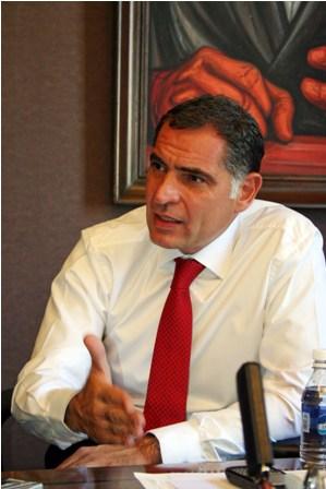 Gabino Cué Monteagudo