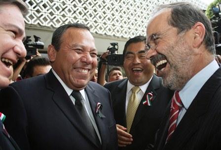 Encuentro en la  Cámara Federal  de Diputados  de Jesús  Zambrano, dirigente del PRD y  Gustavo Madero, de Acción Nacional
