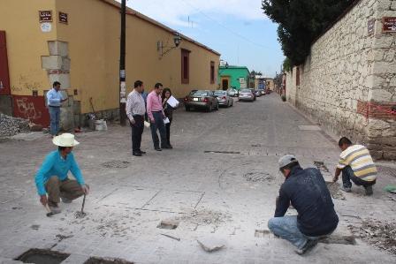 Trabajos de Jalatlaco y Calzada de la Republica