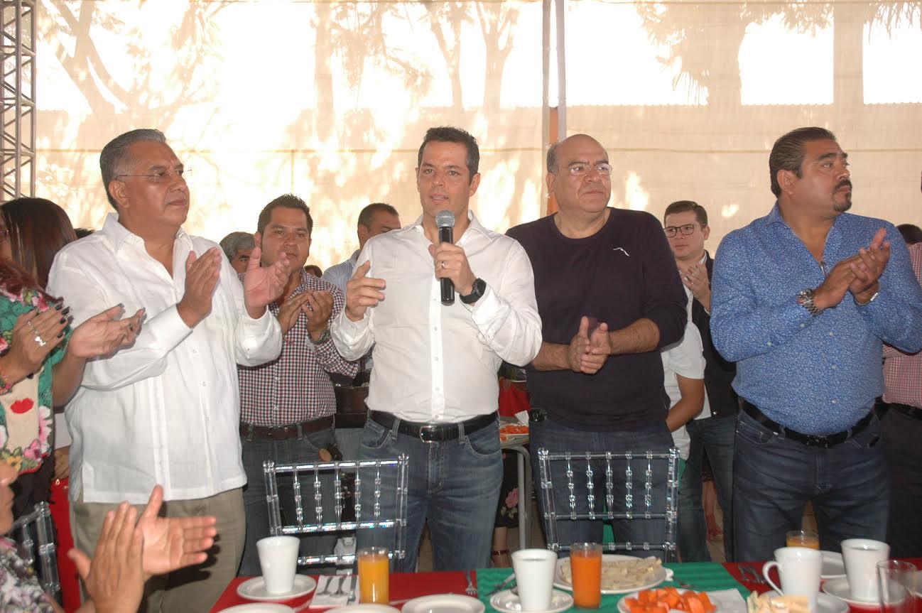 Alejandro Murat y Javier Villacaña en ameno convivio