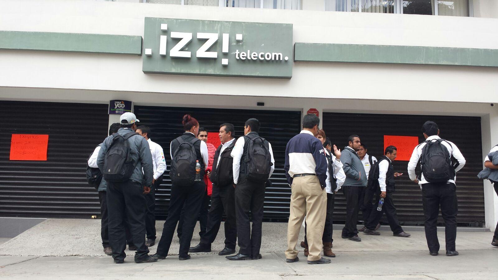 Deja a su suerte Daniel Juárez secretario del trabajo, protesta de trabajadores de IZZI