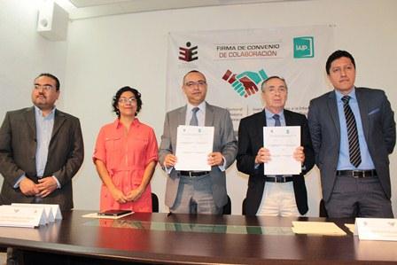 Signan IEEPCO e IAIP convenio de colaboración en materia de Transparencia