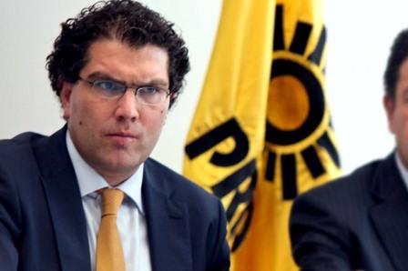 Senador de la Republica por el PRD