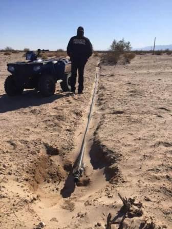Una baja de presión en el poliducto Rosarito-Mexicali, permitió detectar una manguera conectada a una válvula.