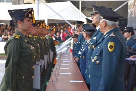 Ceremonia de 195 graduados de la Escuela Militar de Clases de Sanidad