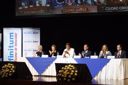 Ha entregado Fundación TELMEX TELCEL 479 mil becas a estudiantes de excelencia en México
