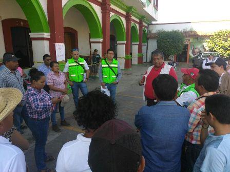 En municipios afectados por el sismo
