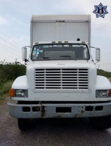 El camión fue puesto a disposición de la Fiscalía de Juchitán.