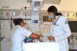 Antonia Donaxhii Rincón Raymundo, pediatra.