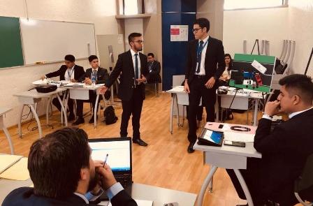 Estudiantes de Derecho de la UAO