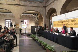 Proponen crear base de cooperación real para desarrollar el potencial del intercambio comercial.