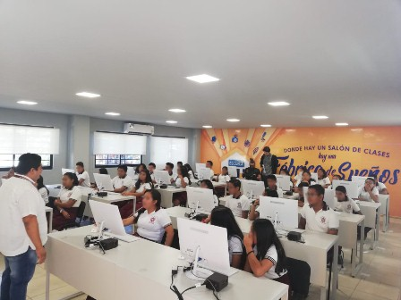 Escuelas secundarias del Istmo