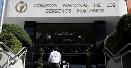 Emite CNDH Recomendación por violentar derechos humanos de dos personas y torturar a una de ellas