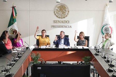 Negociar para exentar a México del arancel al acero y aluminio impuesto por EU, plantean