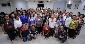 Buscan fomentar la profesionalización de mujeres que ejercen cargos públicos.