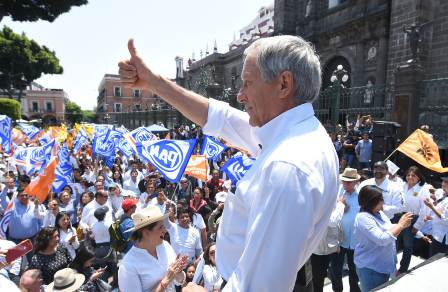 Candidato a gubernatura de Puebla