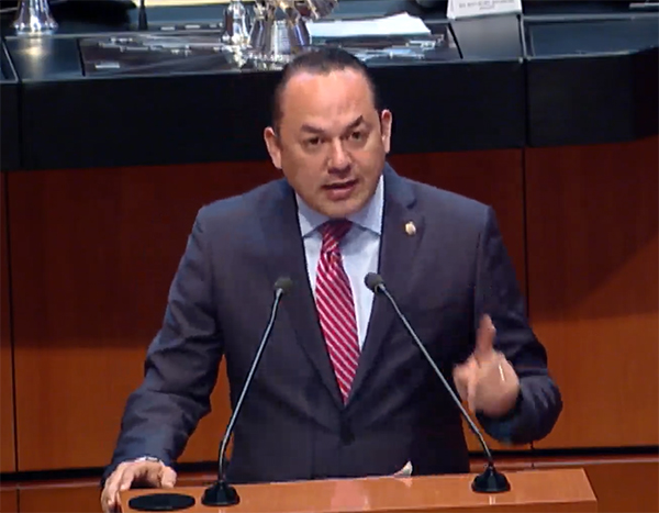 Presentan Iniciativa para prohibir uso de aparatos electrónicos al momento de votar