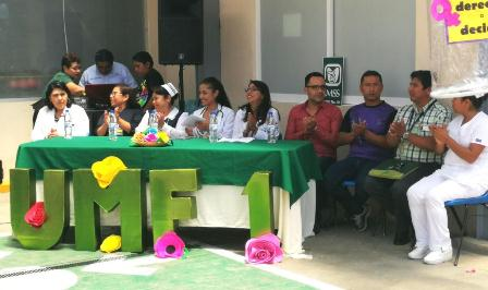 Con Feria de la Salud, conmemora IMSS Oaxaca Día Internacional de la Planificación Familiar