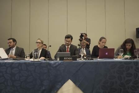 Fortalece México instituciones