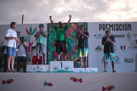 Con 10 medallas, Oaxaca es campeón por equipos en los Juegos Nacionales de Surfing 2019